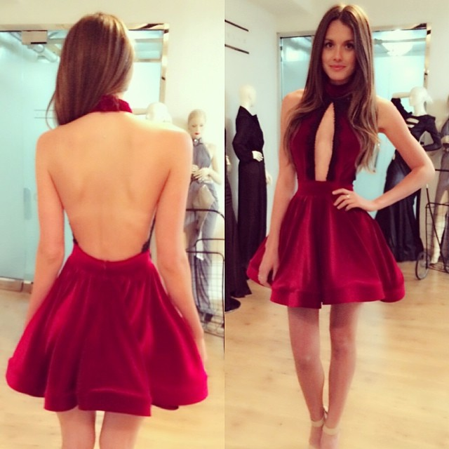 Mzy556-vinho-de-veludo-vermelho-sem-mangas-halter-curto-mini-a-linha-backless-sexy-vestido-boate