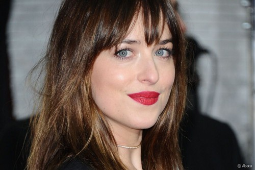 Dakota-dakota-johnson-as-anastasia-steele-40209801-500-333
